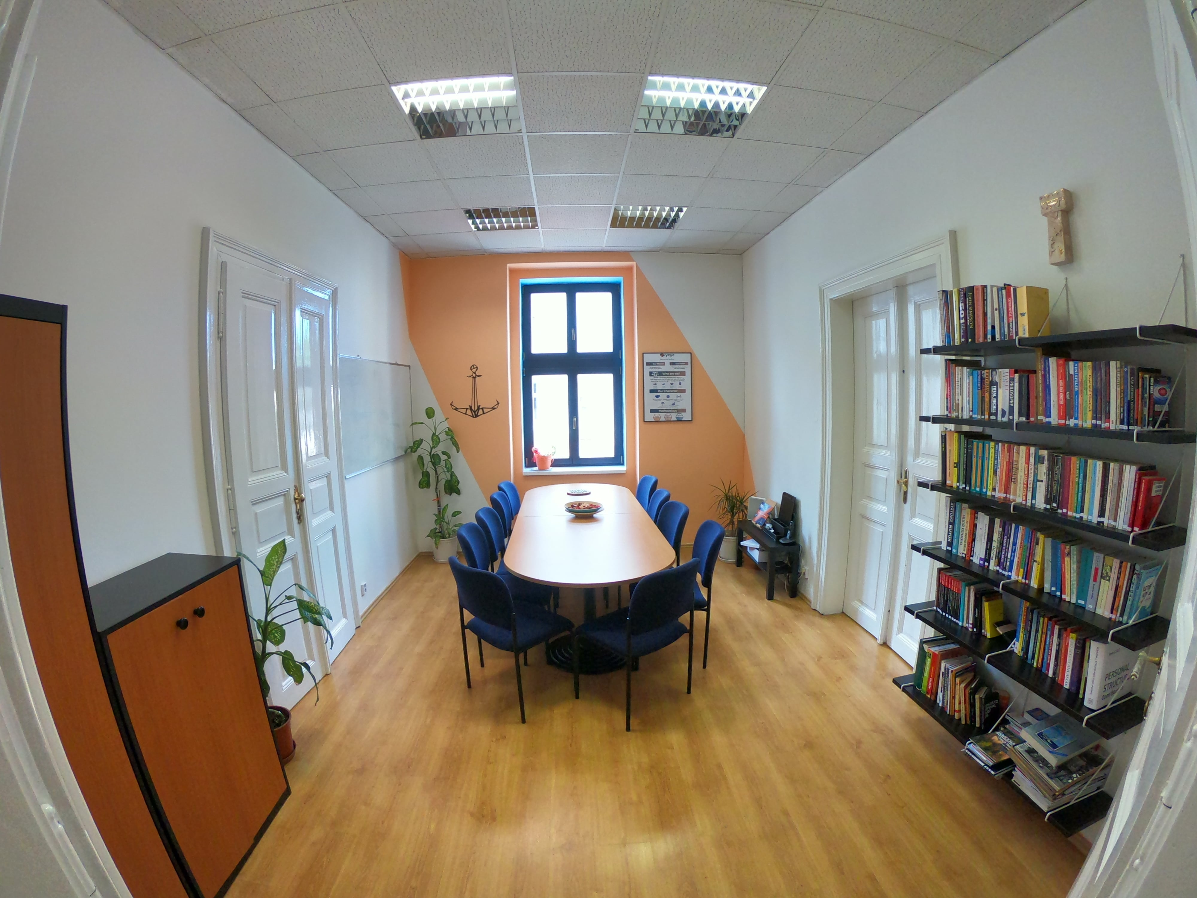 meeting room (1)-min