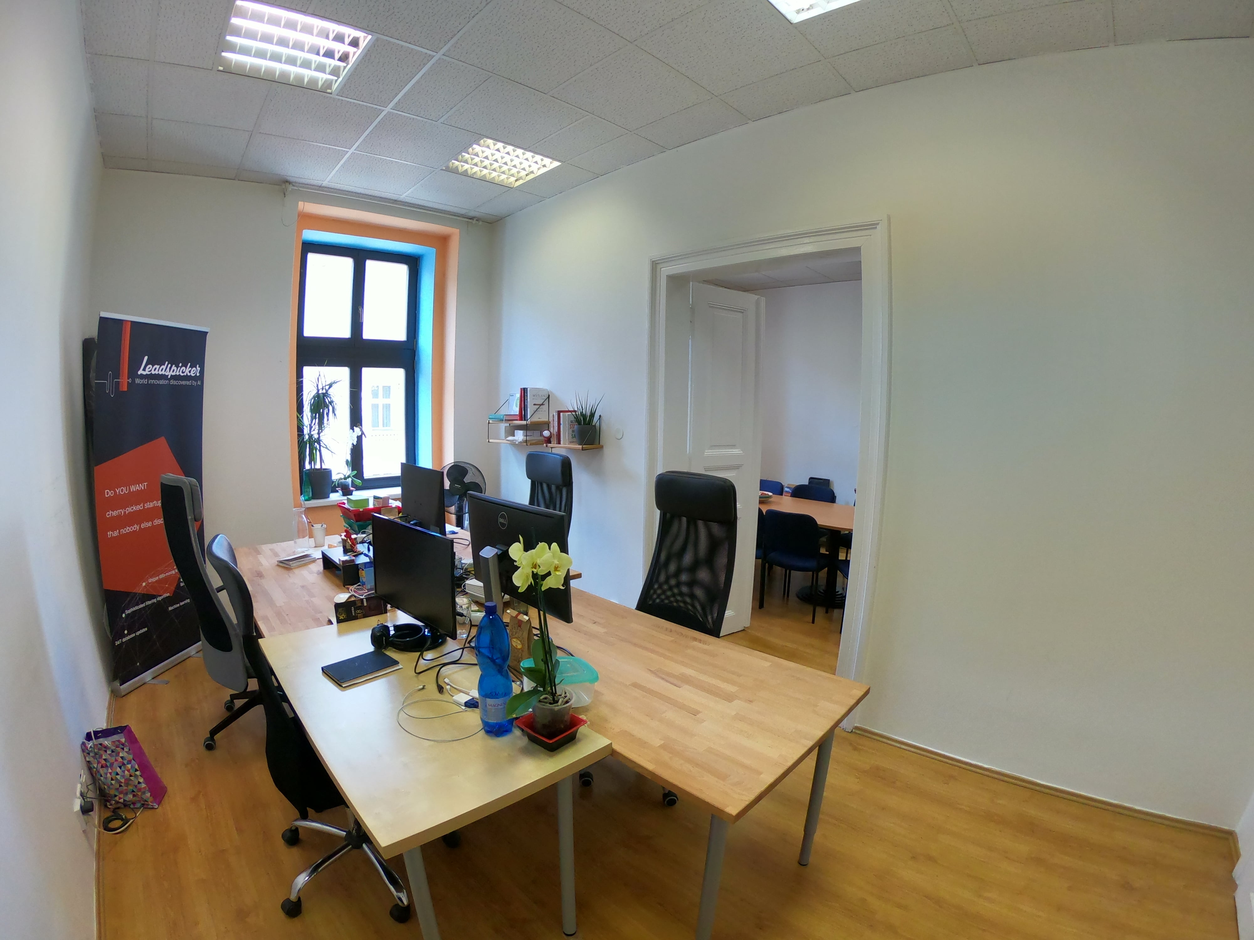 office-to-rent (2)-min